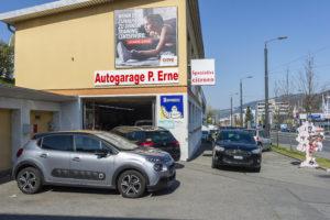 Foto von der Einfahrt zur Autogarage Peter Erne Ebikon Luzern